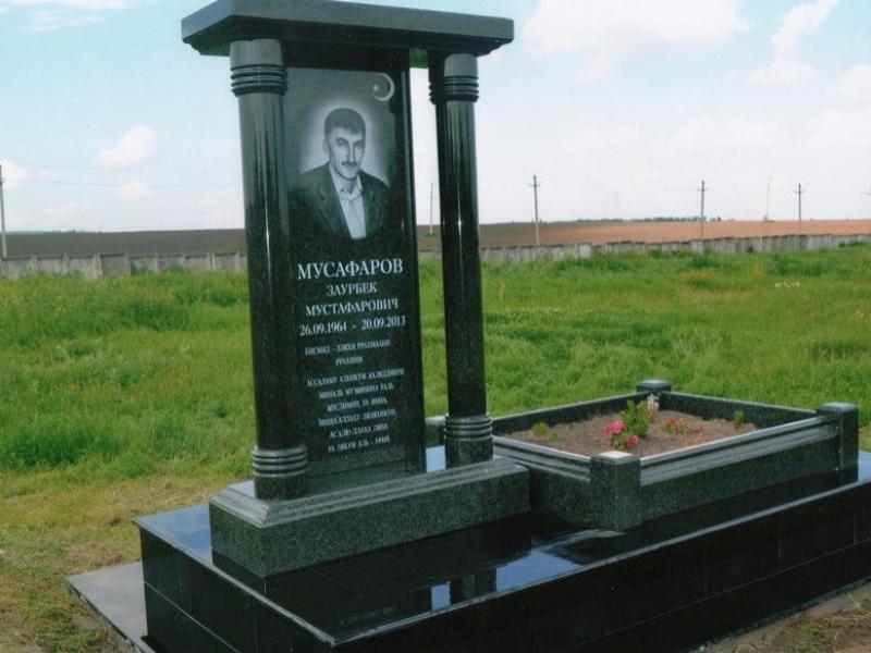 Портреты на памятники из гранита зеленого могилы лучшие